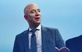 "How Jeff Bezos Skyrocketed Amazon's Growth with a ""Day 1"" Mindset"