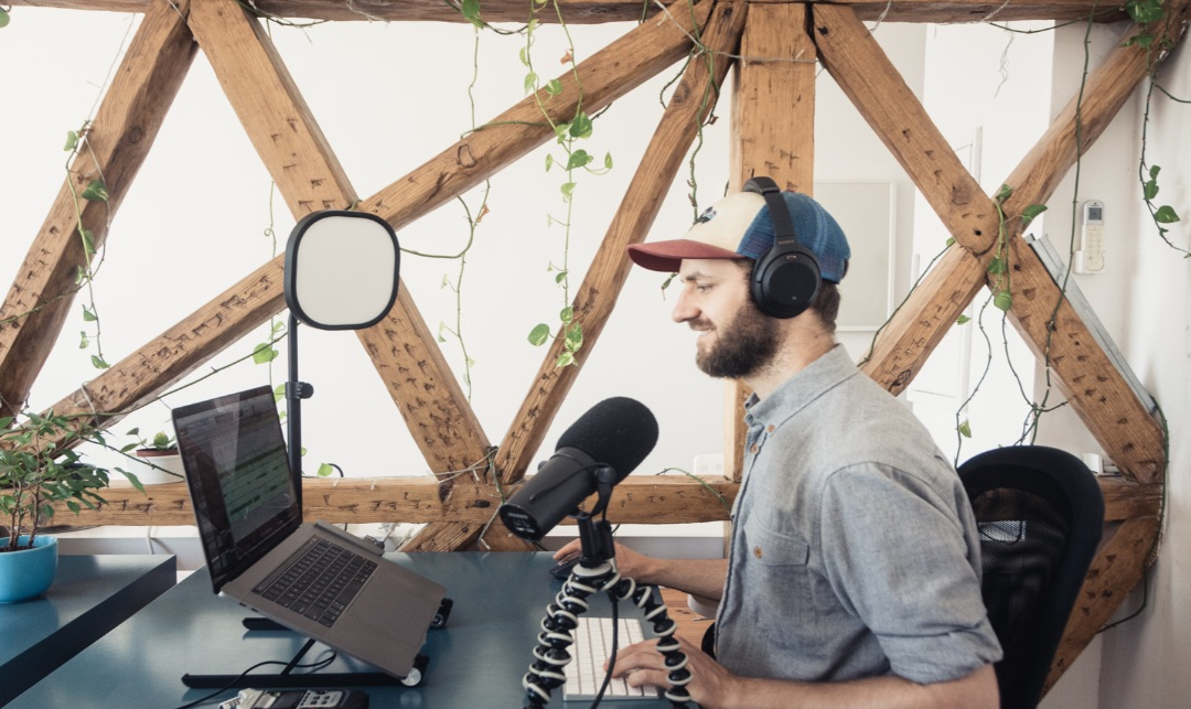 3 Factors that Actually Make You Want to Listen to a Business Podcast