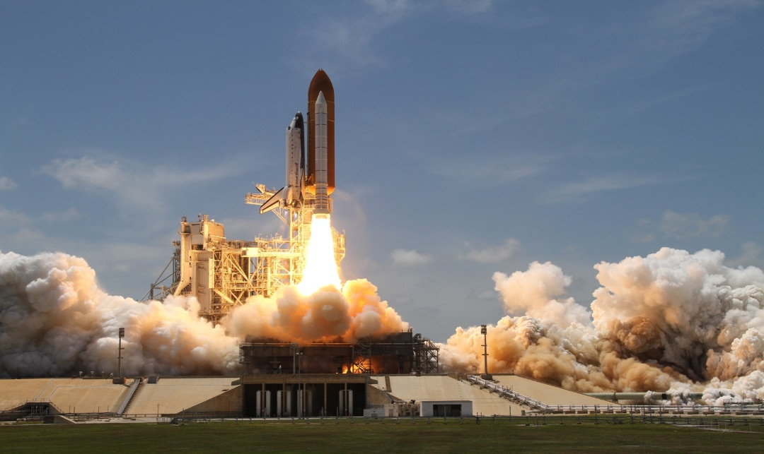 Space X Launches the Dragon 2