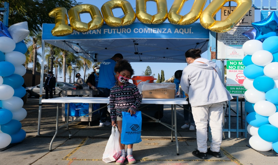 Boys and Girls Clubs Distributes 100,000 Meals in Los Angeles